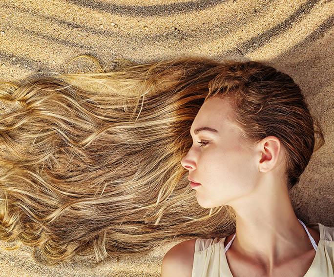 Protege tu cabello en verano de manera natural