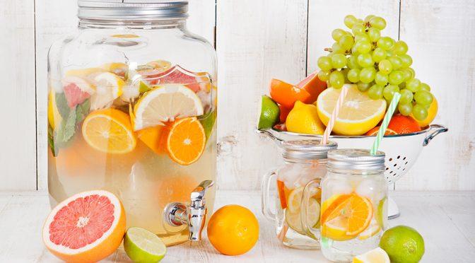 Aguas infusionadas con sabor a verano y  beneficios de invierno