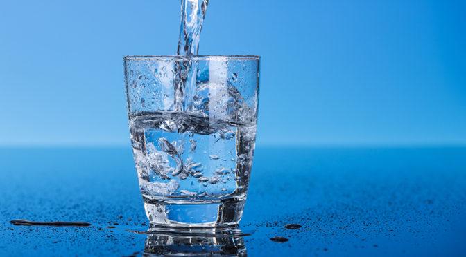 ¿Conoces los beneficios del consumo de agua de mar?