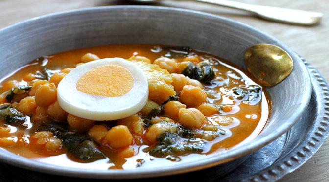 Recetas: Potaje de bacalao con garbanzos y acelgas y Rosca de Pascua integral